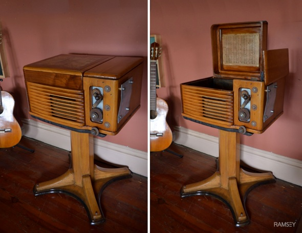 #18 Philco Radio Table